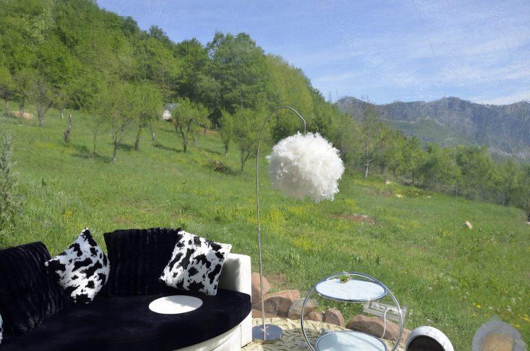 Белият балон